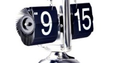 Amazon.com – Retro Auto Flip Down Clock – Internal Gear Operated – Sales on Black Friday – Cyber Monday Deal Sale